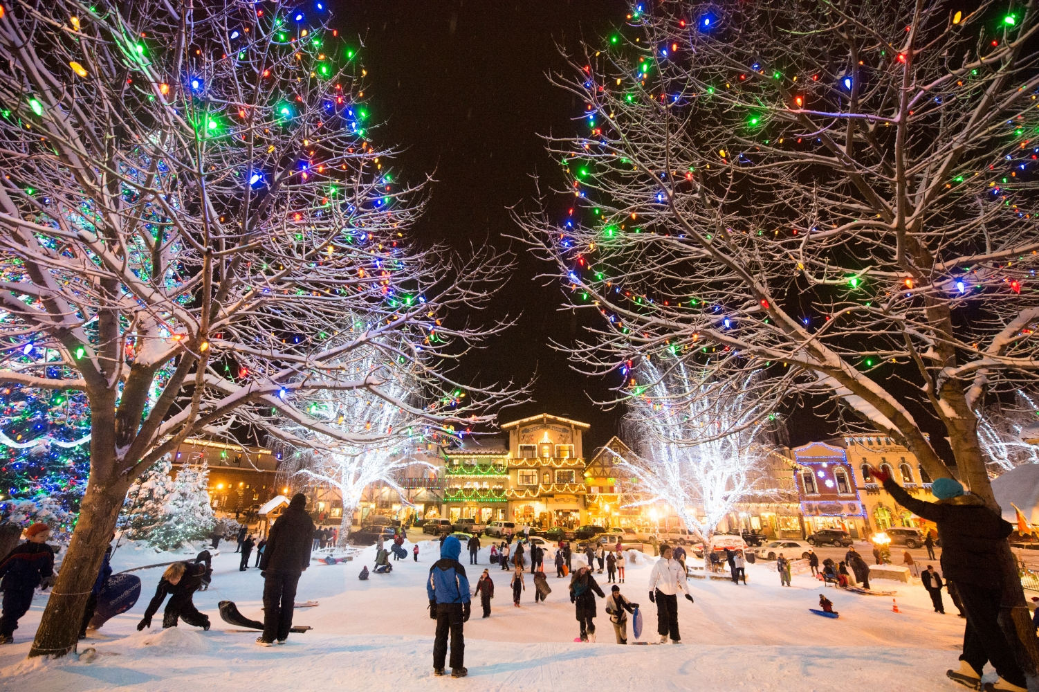 Leavenworth Christmas Lighting 2019 Leavenworth Christmas Lighting 2019 | CascadeLoop.com